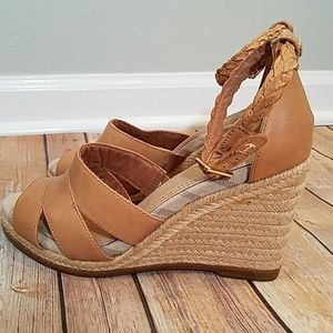Sperry wedge tan sandals